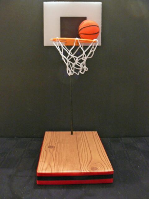 DIY basketball centerpiece kit